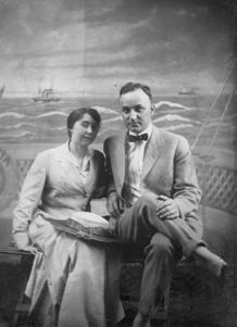 Lizzie and John in 1925